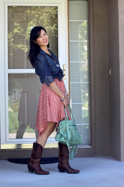 474bee69f73 Feminine and Country Western