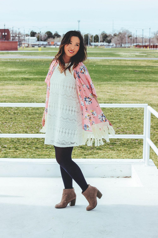 Sandy a la Mode / pink blush fashion blogger