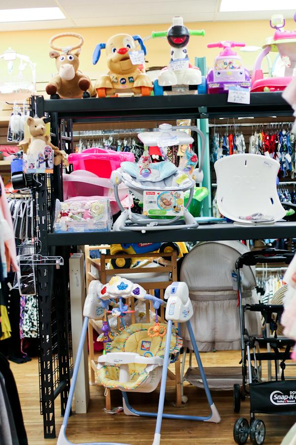 Sandy a la Mode / Kid to Kid Shopping
