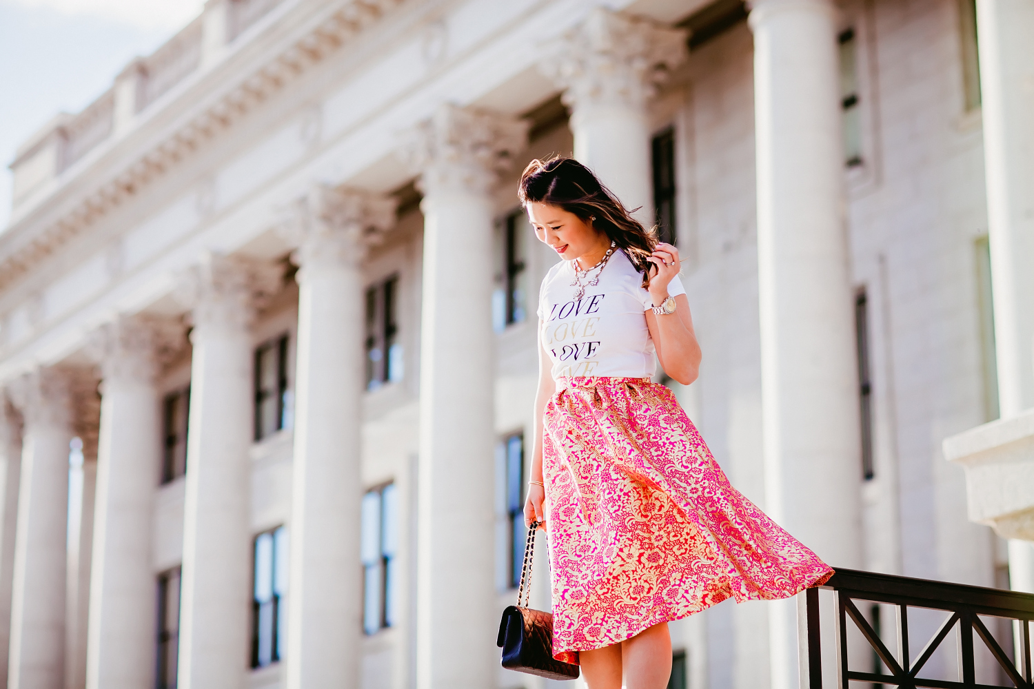 Sandy a la Mode | Fashion Blogger Graphic Tee and Pretty Skirt at Utah State Capitol