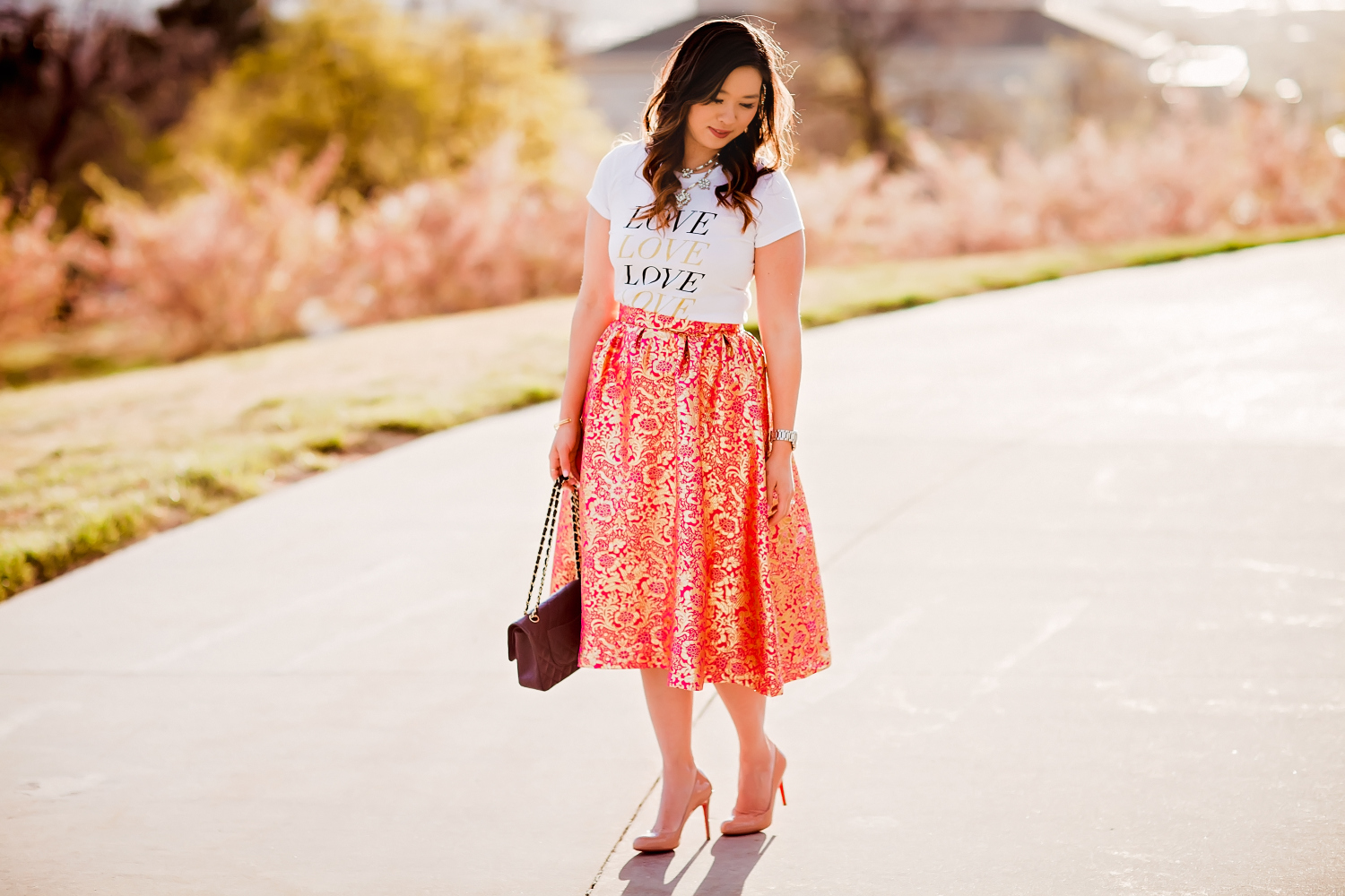 Sandy a la Mode | Fashion Blogger Graphic Tee and Pretty Skirt