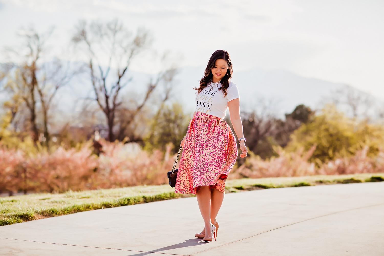 Sandy a la Mode | Fashion Blogger Graphic Tee and Pretty Skirt