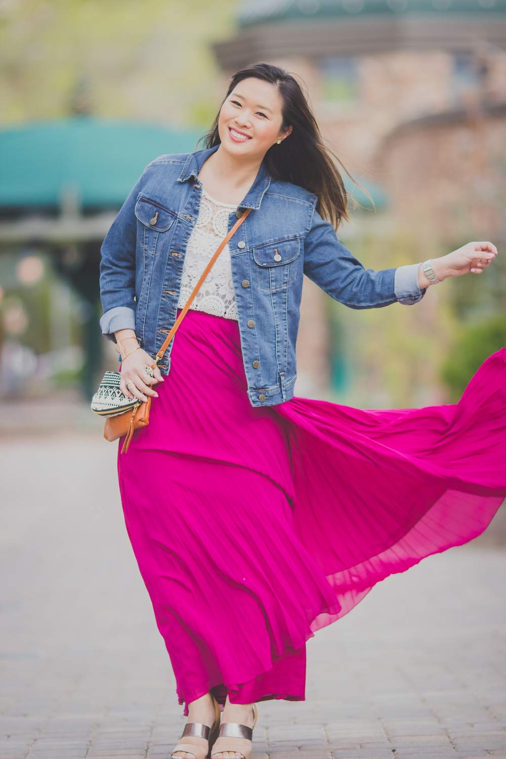 Sandy a la Mode | Fashion Blogger Anne B Bag Lee Jeans Jacket and Maxi Skirt