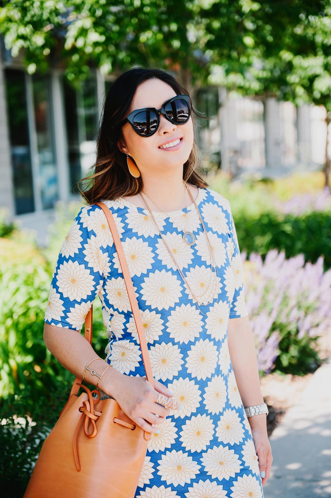 Sandy a la Mode | Fashion Blogger wearing The Avarca Store sandals