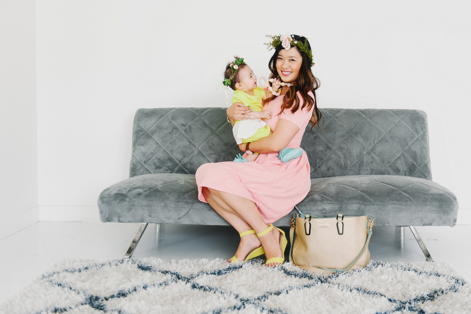 Sandy a la Mode | Mommy + Me Fashion Blogger LulaRoe and Dot Dot Smile