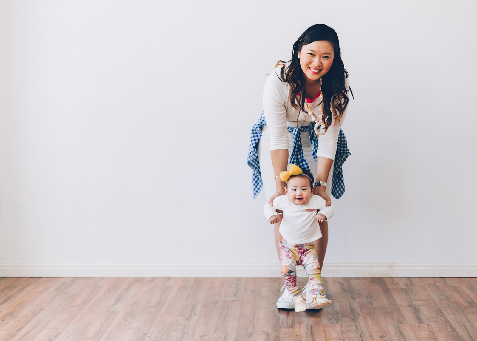 Sandy a la Mode   Mommy + Me fashion with The Vintage Honey Shop teething necklaces