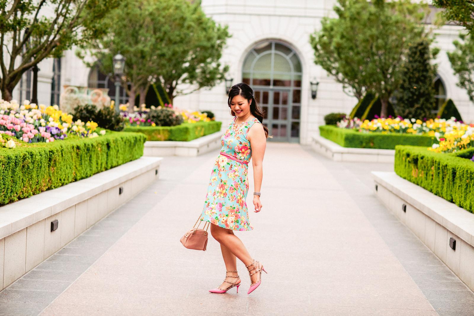 Sandy a la Mode | Fashion Blogger Floral Dress and Pink Valentinos