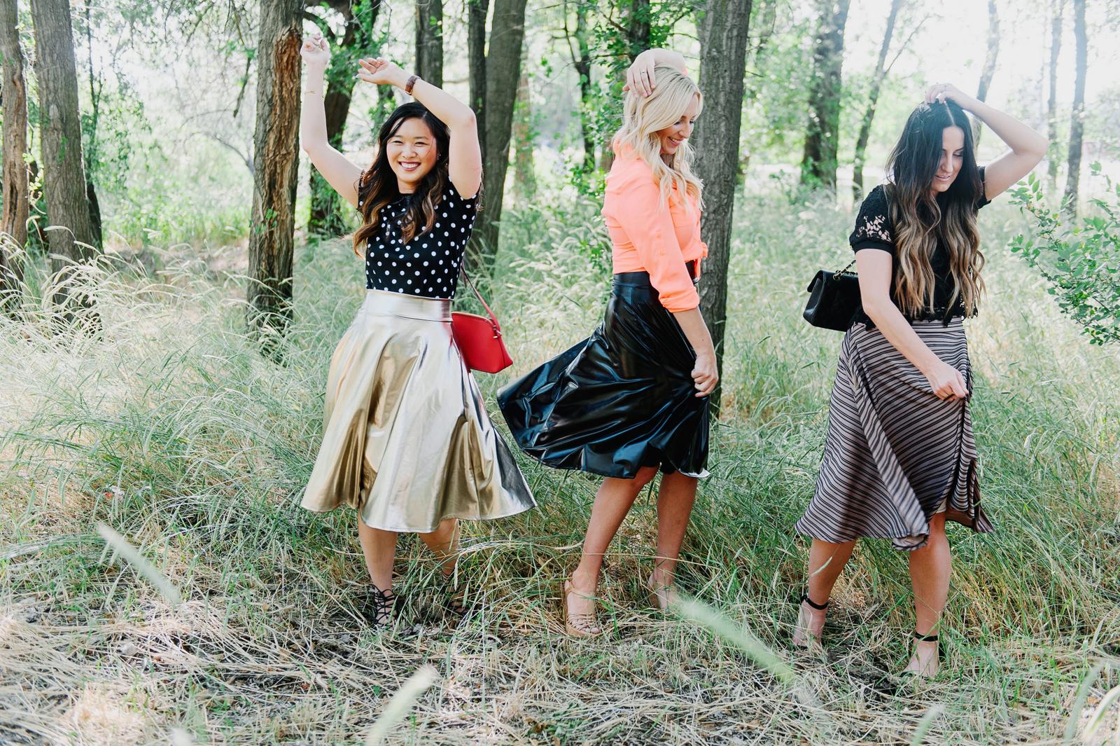 ba6ba9d8ab Sandy a la Mode   Fashion Blogger Agnes and Dora Midi Skirt ...