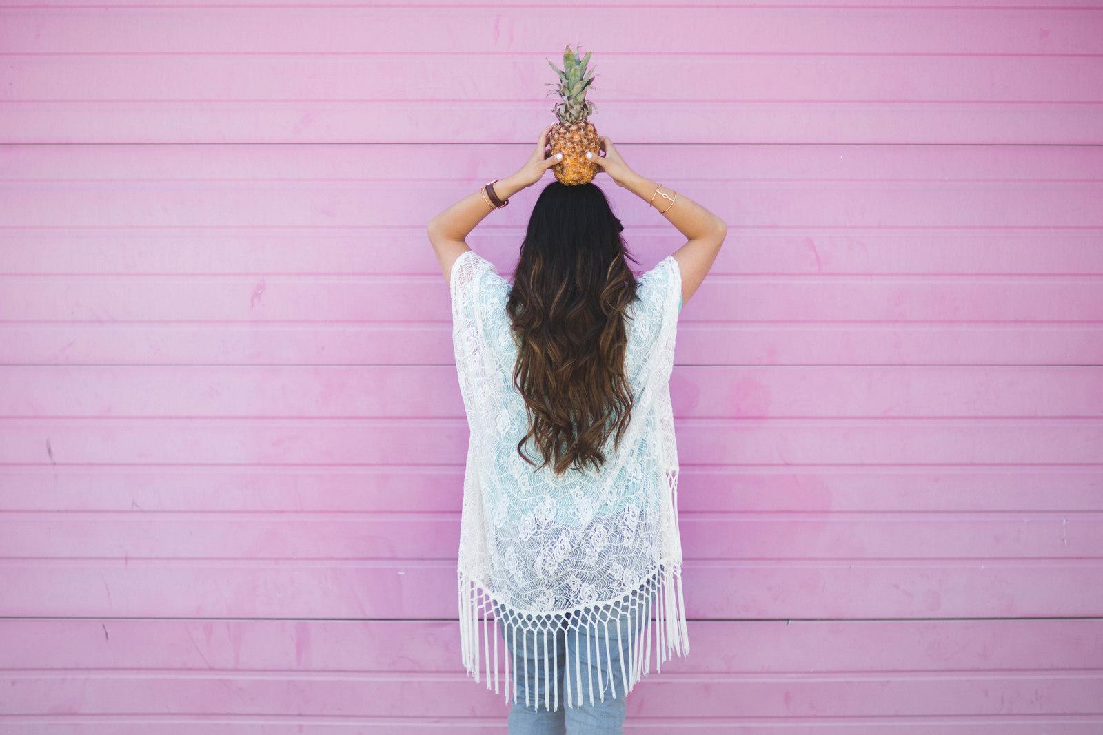 Sandy a la Mode | Fashion Blogger Boho Look with Pineapple