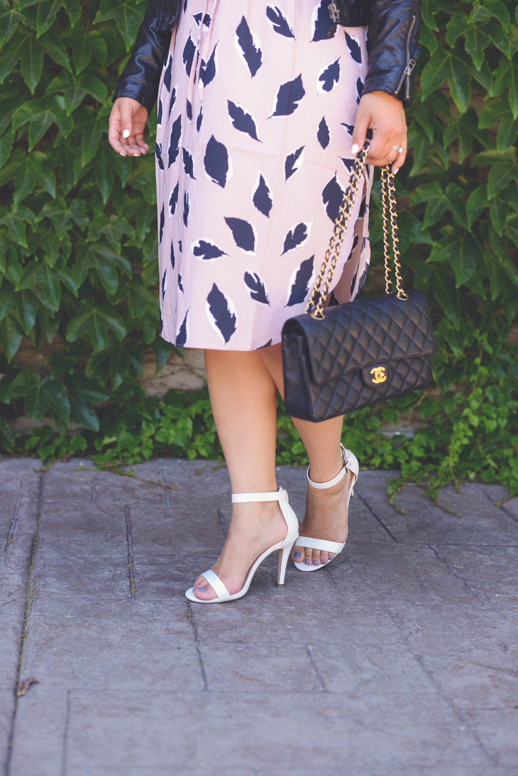 Sandy a la Mode | Fashion Blogger styling DSW Summer Shoes Two Ways