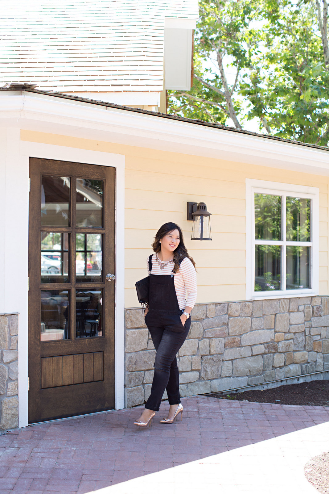 Sandy a la Mode   Fashion Blogger Wearing Target Black Denim Overalls