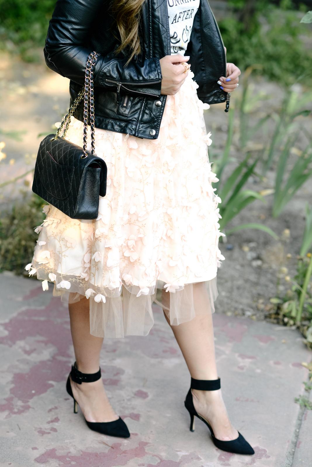 Anthrologie Flutter Skirt and Chanel Classic Flap bag