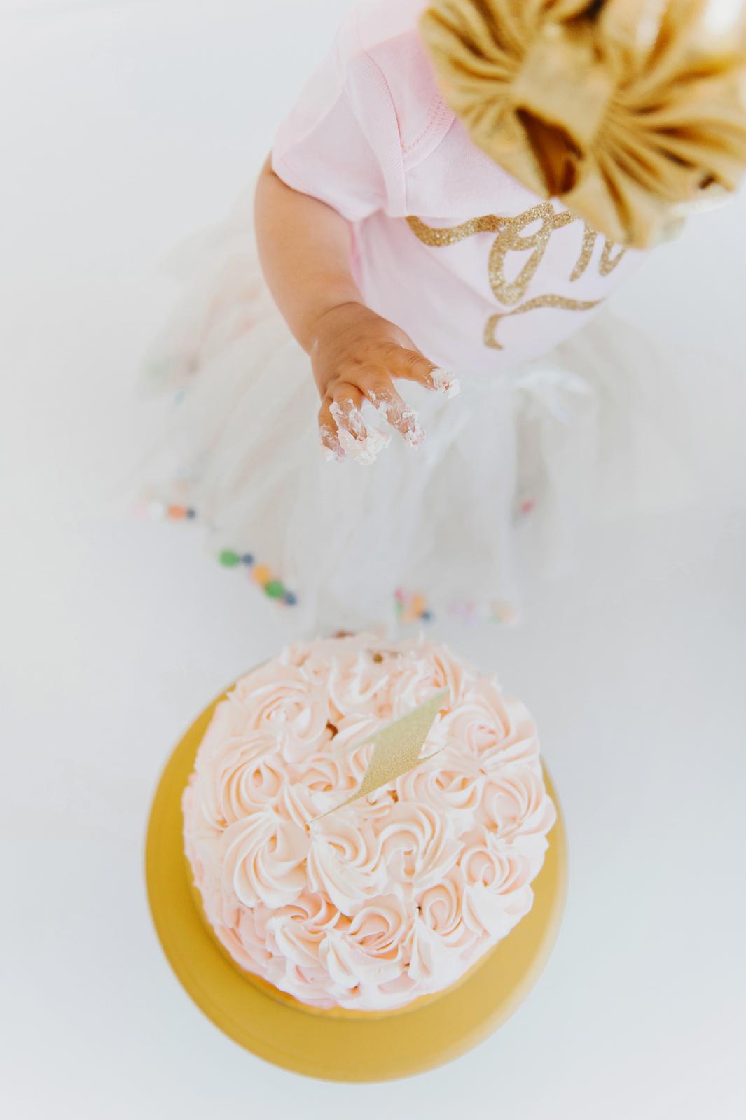 1st birthday cake smash shoot