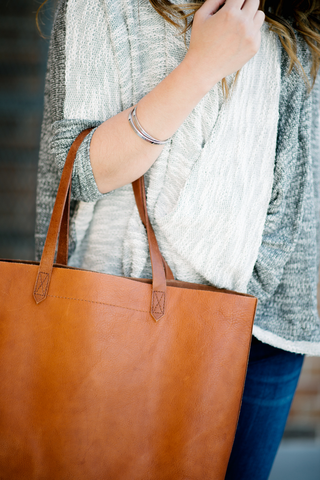 How to style the Madewell Transport Tote