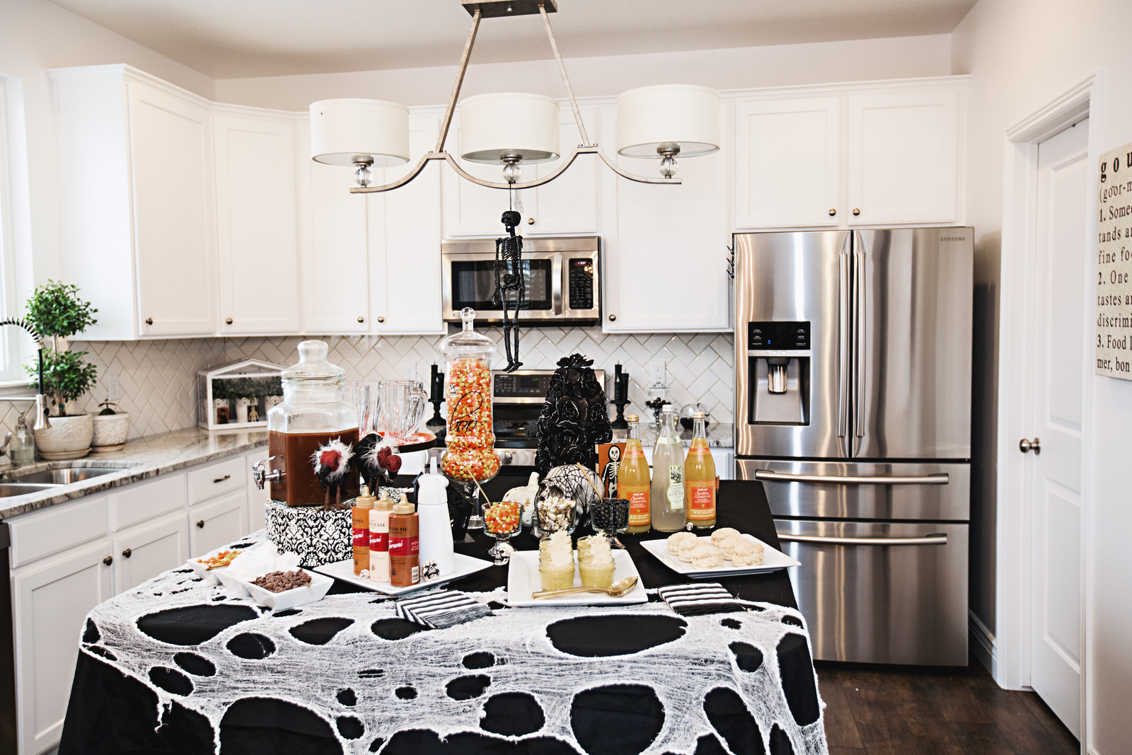 10 Tips For Throwing A Classy Halloween Party