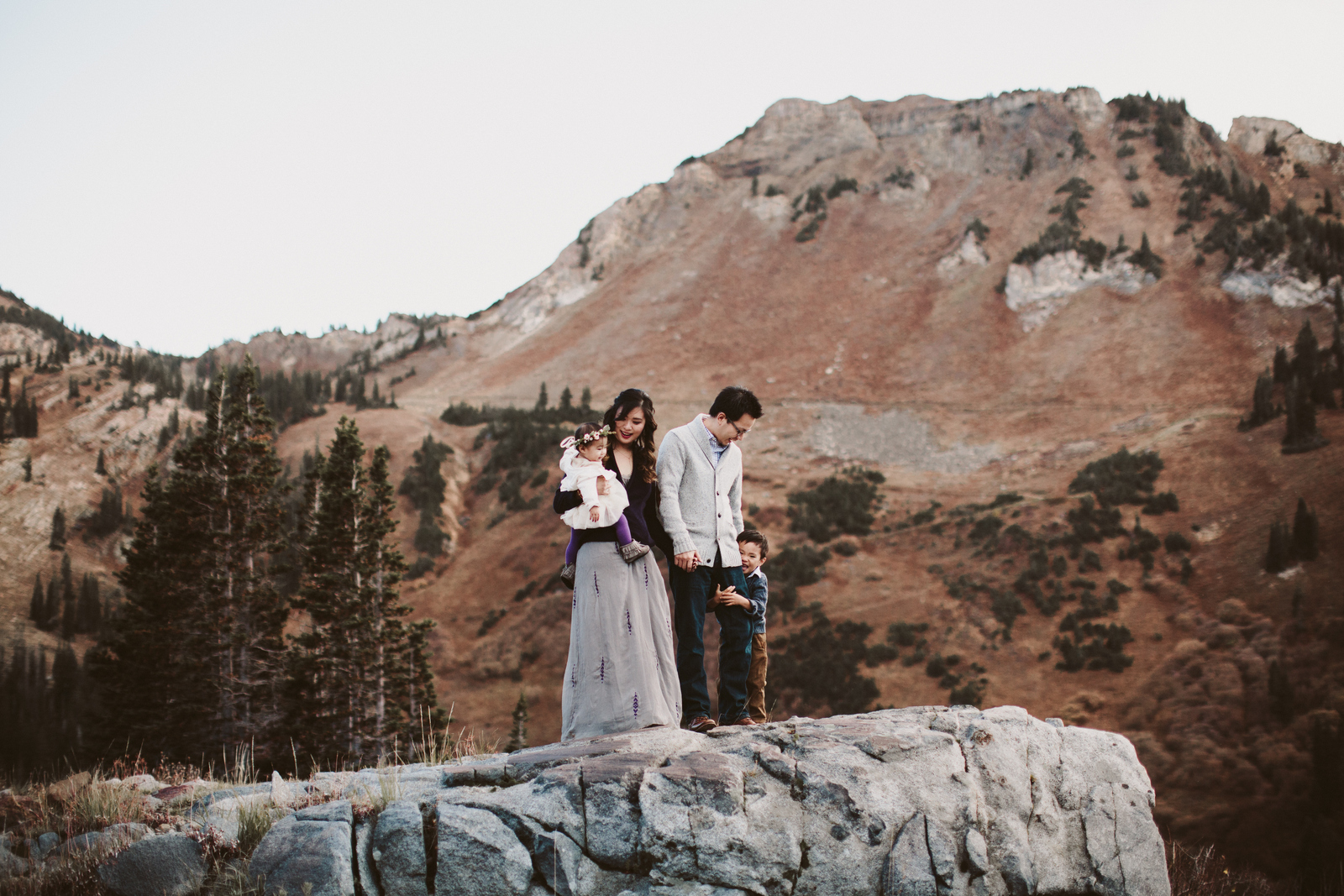 Fall family photos in the Albion Basin
