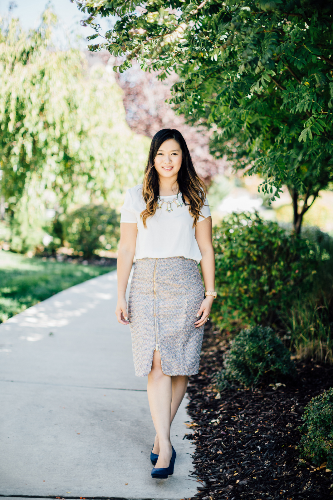 how to style a tweed skirt