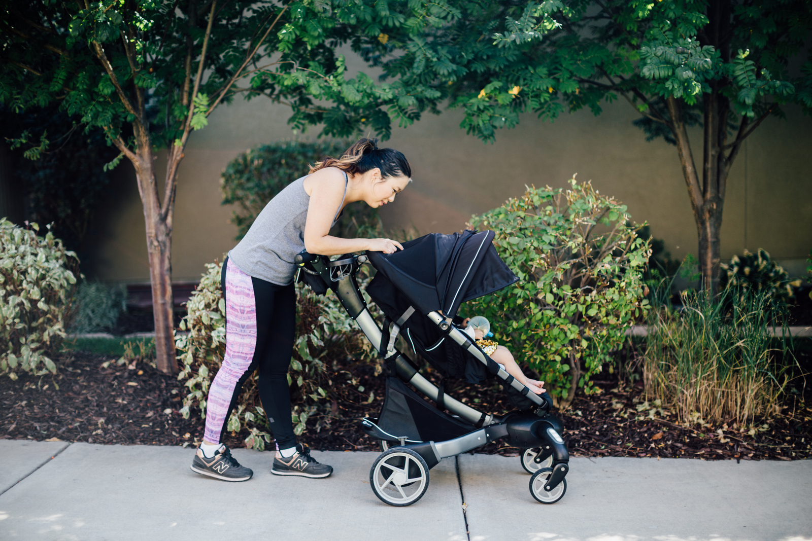 Workout gear with 4Moms stroller