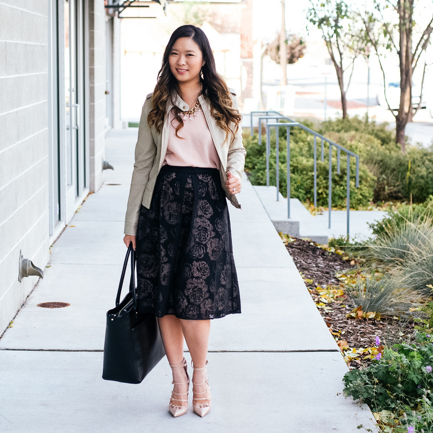 Fashion blogger styling Rhea Etcetera skirt