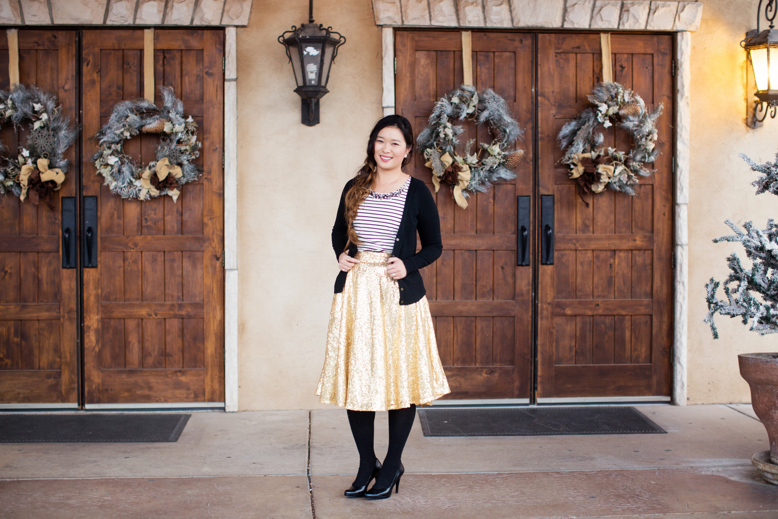 How to style a gold sequin skirt