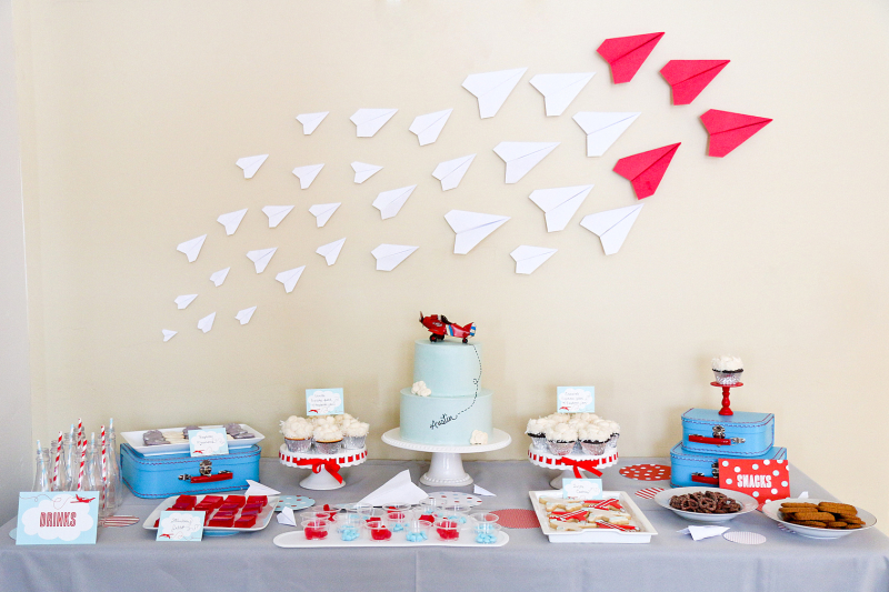 Airplane party dessert table