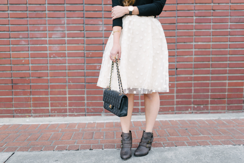 Skirt and boots style
