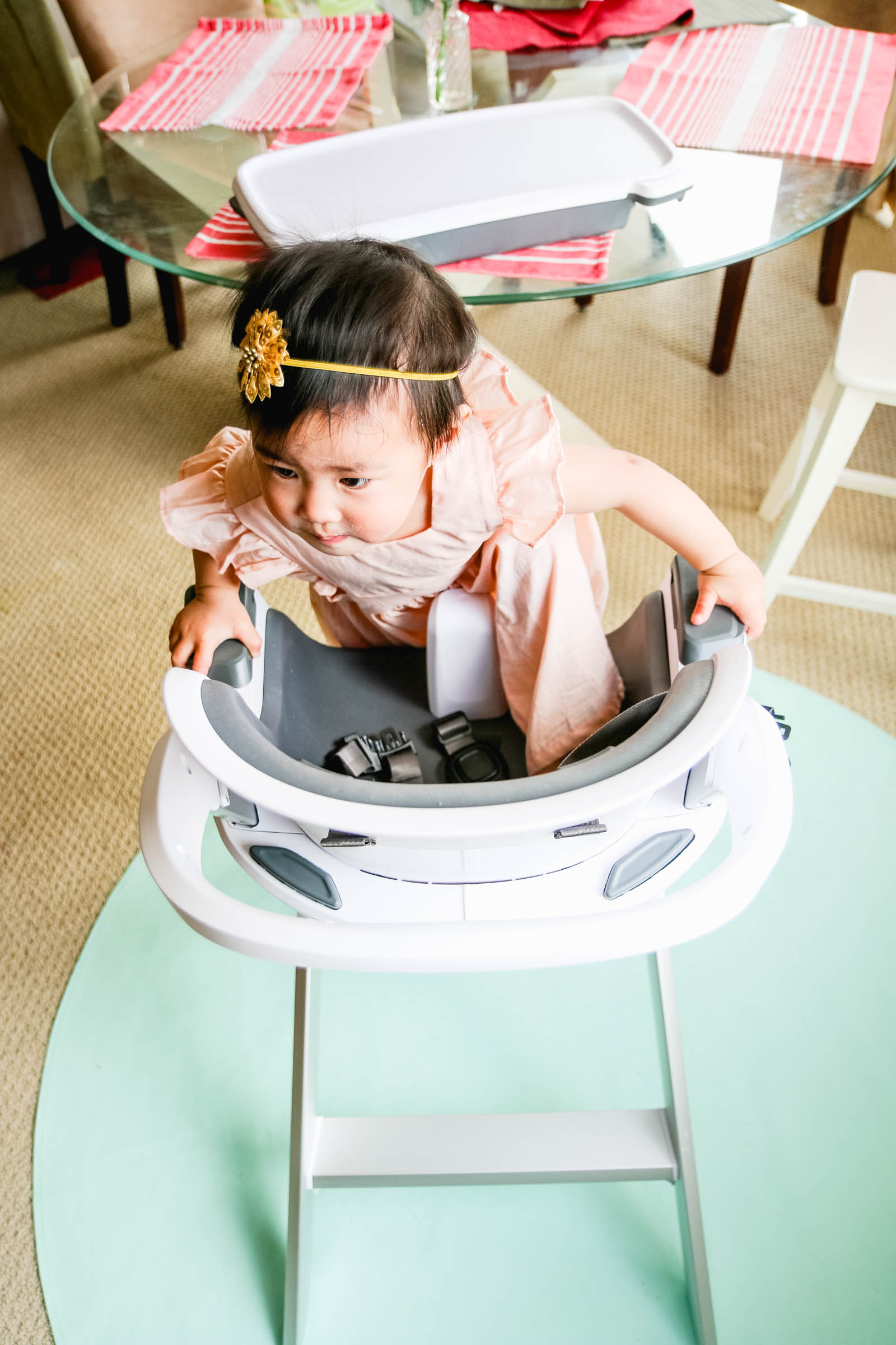 Mealtime made easier with 4moms high chair Giveaway