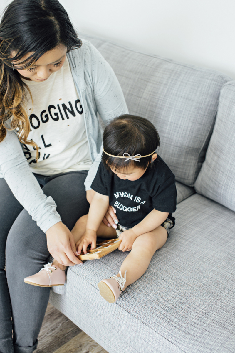 Blogging All Day tee