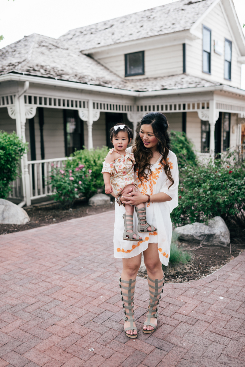 Mom and daughter wearing Joyfolie gladiator sandals