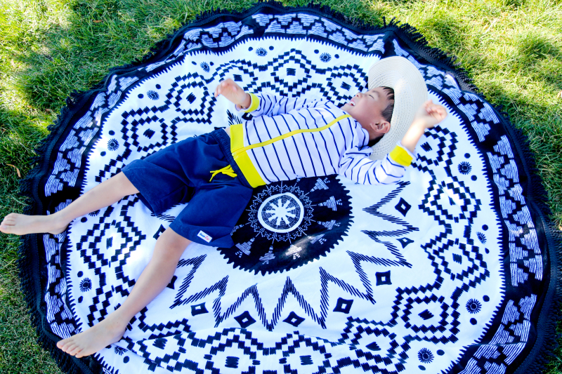 Round towel by SwimZip