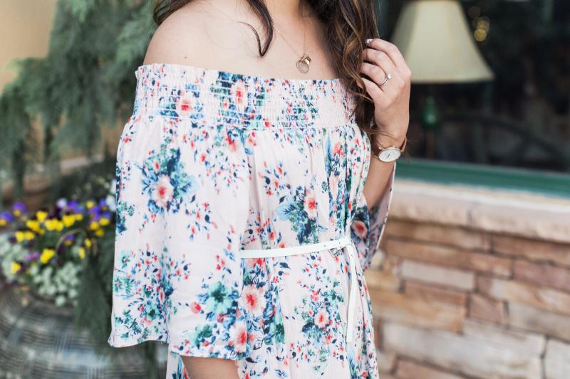 Floral dress details