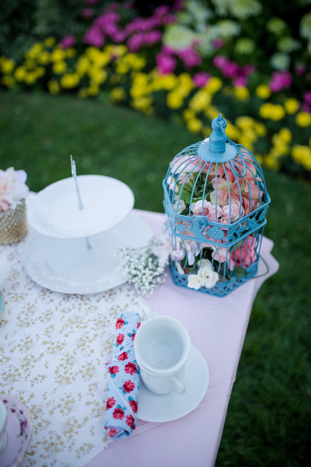 Tea party details