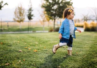 Building the Perfect Baby Girl Wardrobe: A Checklist!