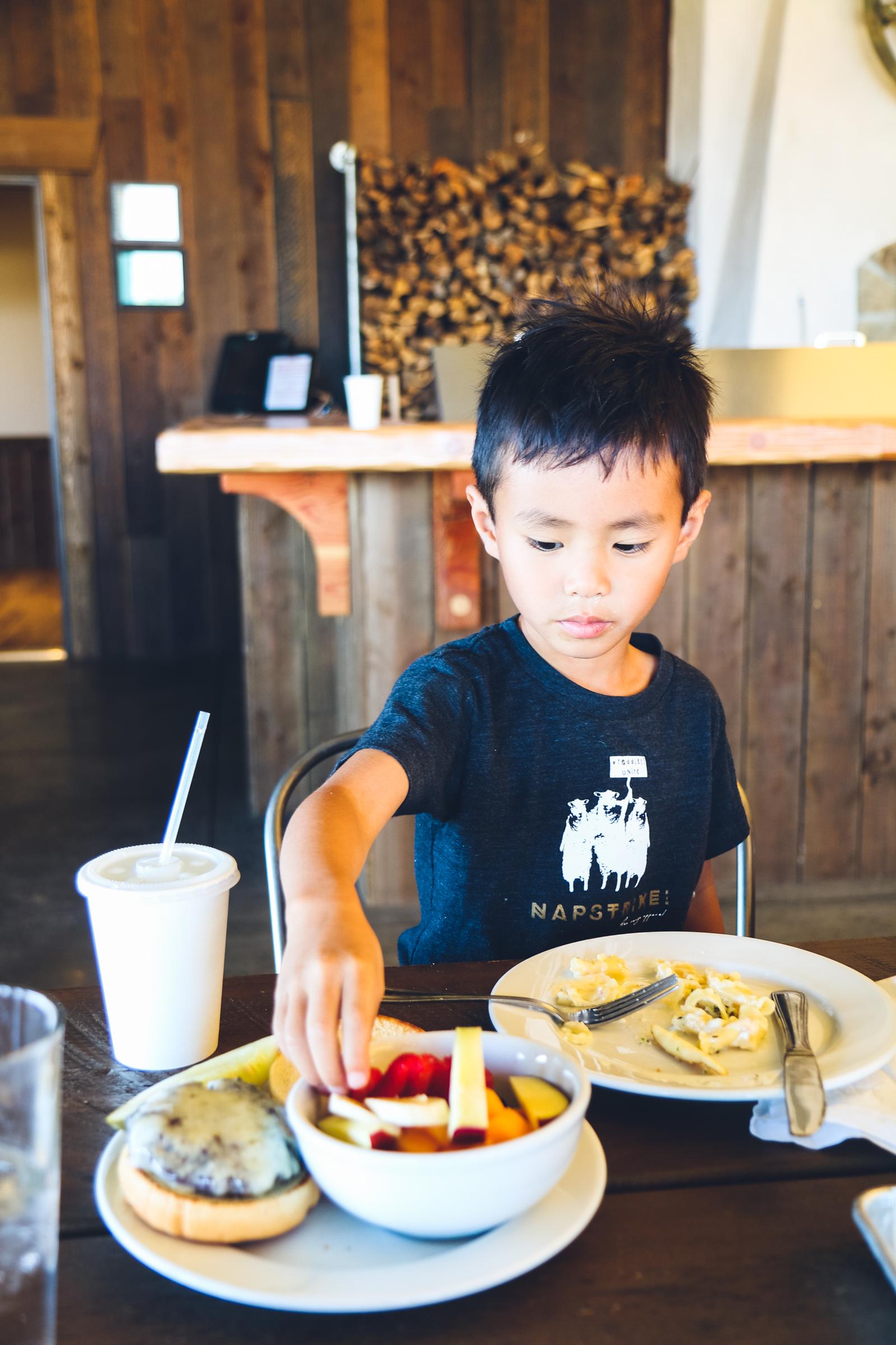 Campfire Grill Restaurant at Conestoga Ranch