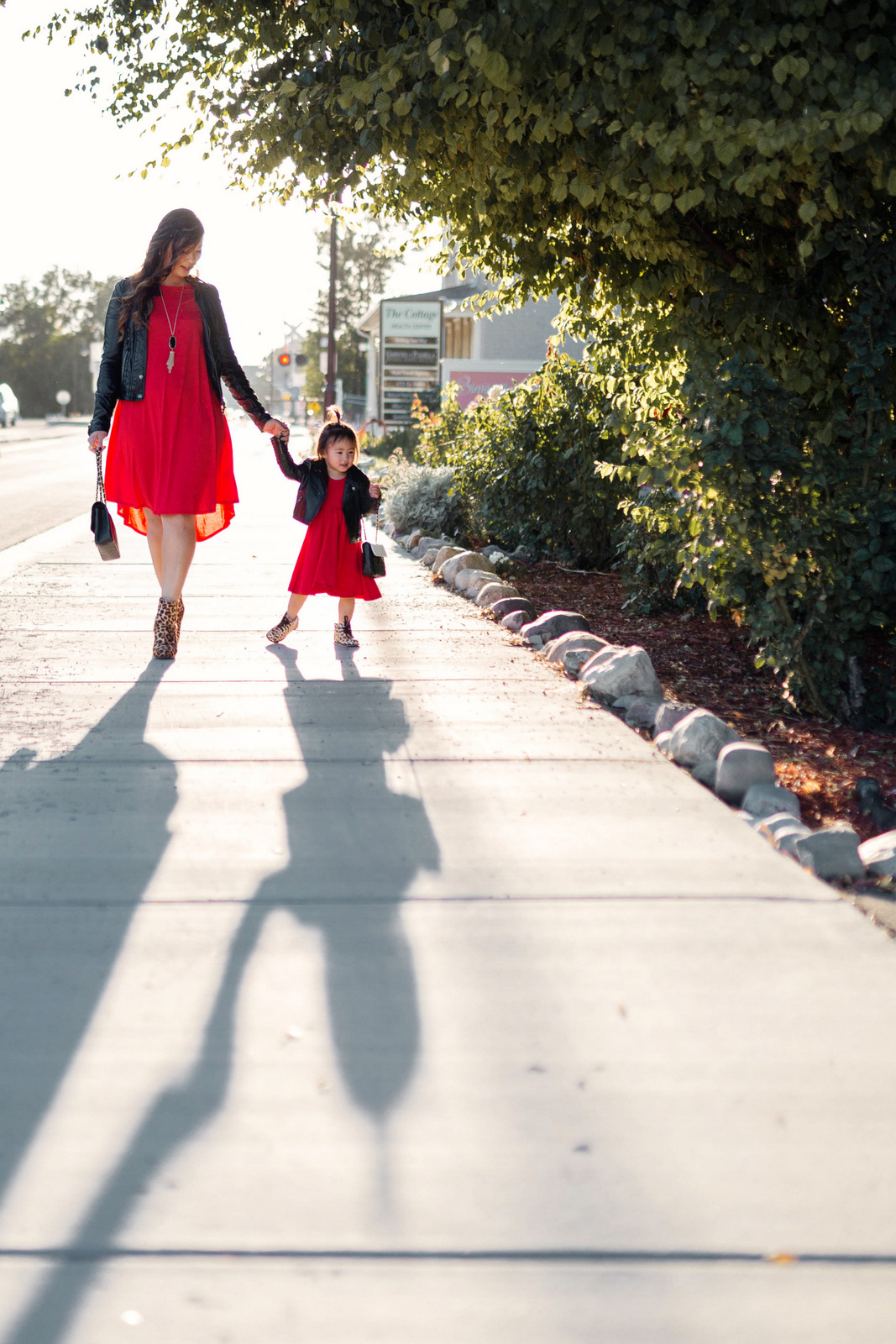Mommy and Me outfits: red, leather and leopard print
