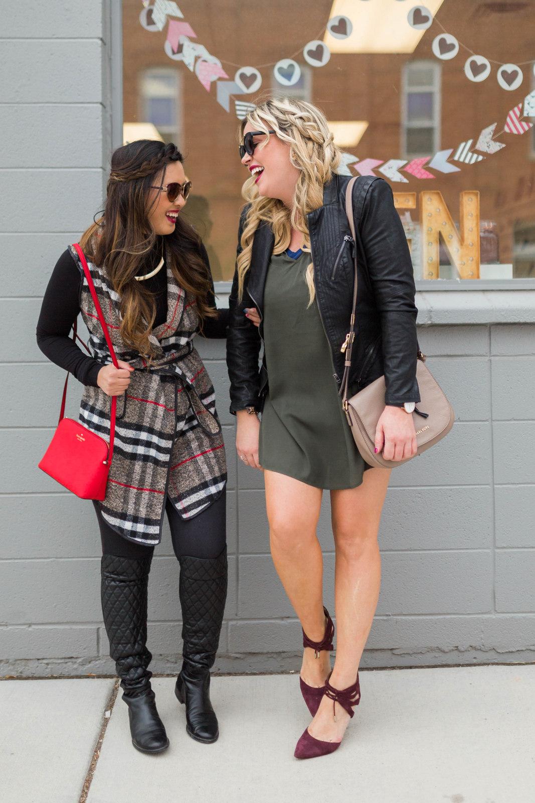 Fashion blogger laugh