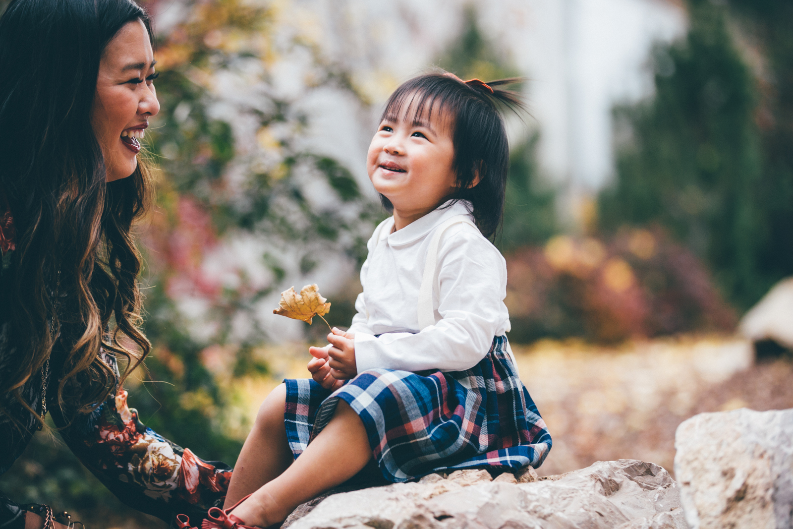 Mommy And Me Fall Style Florals And Plaid Sandyalamode