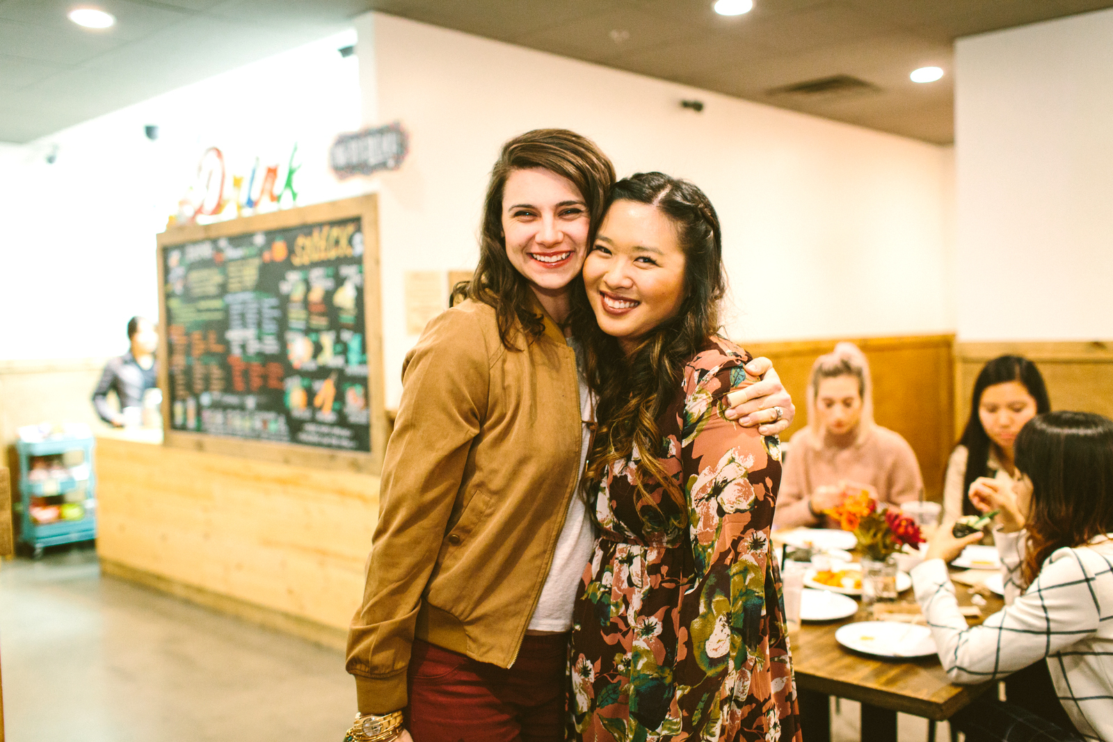 Utah bloggers at Tea Bar