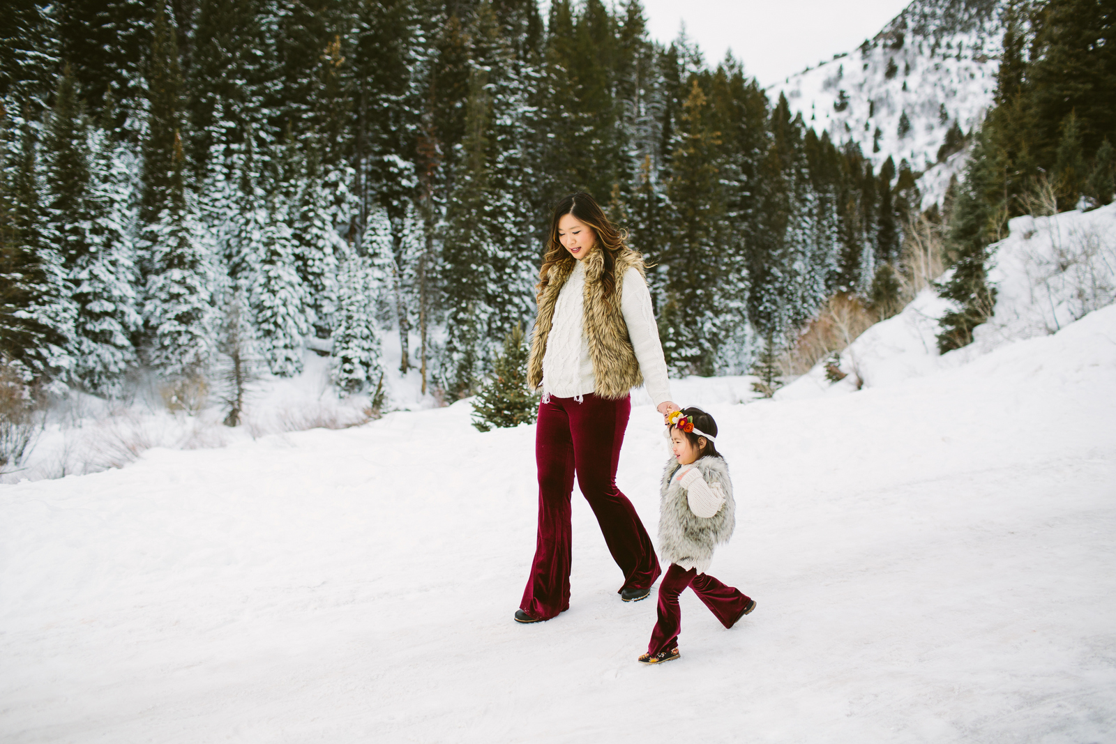 Mommy and Me outfits: How to wear velvet pants