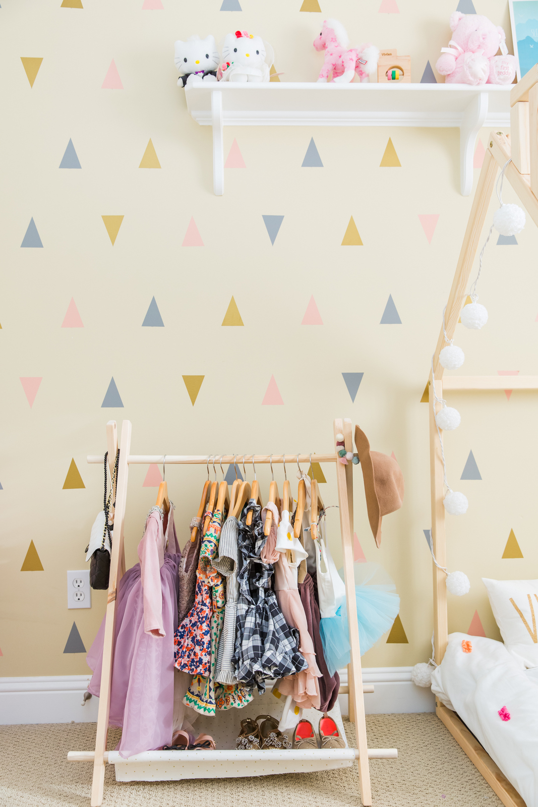 Brickyard Buffalo Guest Editor Week - Sandy A La Mode: Alluring Co Kid's Clothing Rack