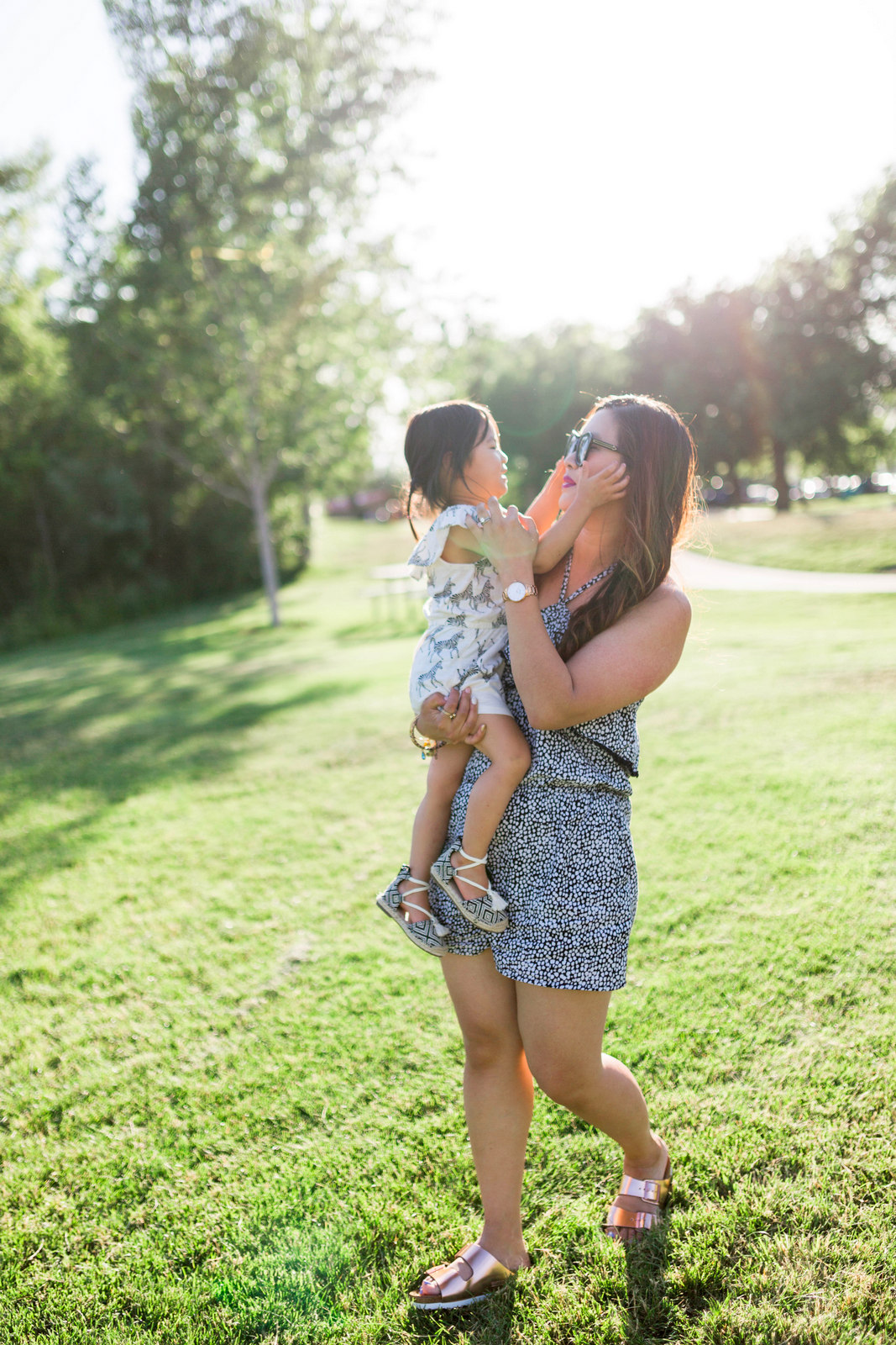 Mommy and Me Old Navy Outfits: Ivory Coast by fashion blogger Sandy A La Mode