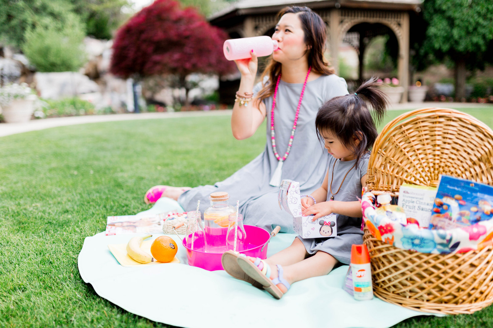 9 Picnic Essentials For The Perfect Picnic by lifestyle blogger Sandy A La Mode