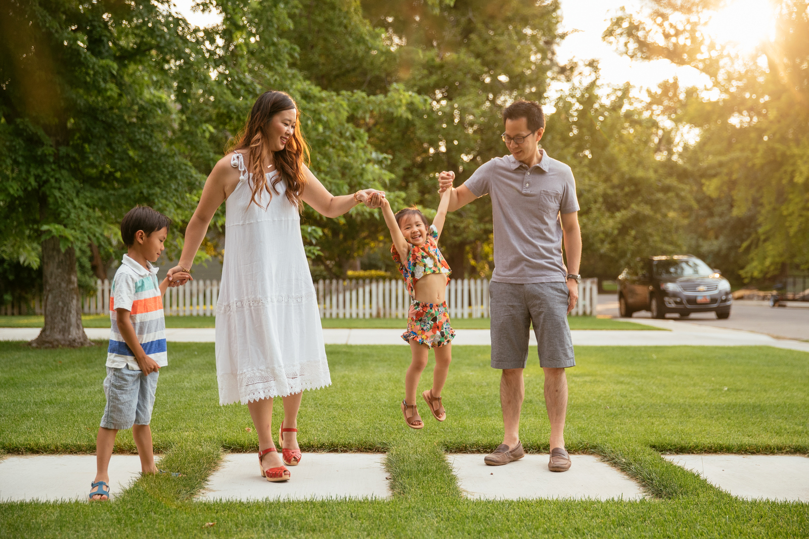 Fantastic Family Photos Ideas by Utah blogger Sandy A La Mode