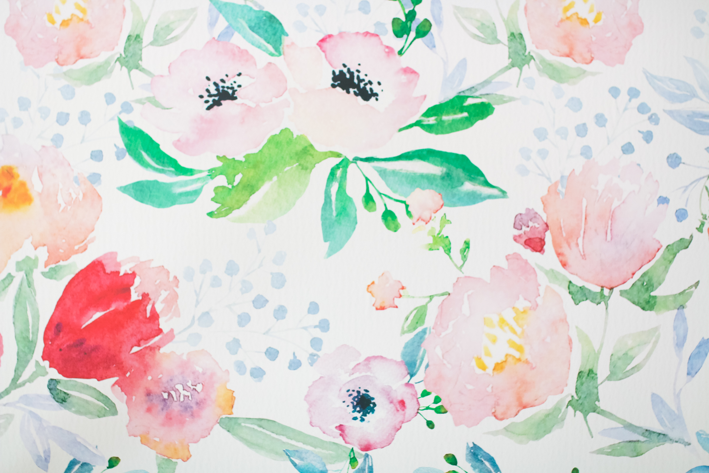 Decorating An Accent Wall With Vinyl Wallpaper by Utah blogger Dandy A La Mode