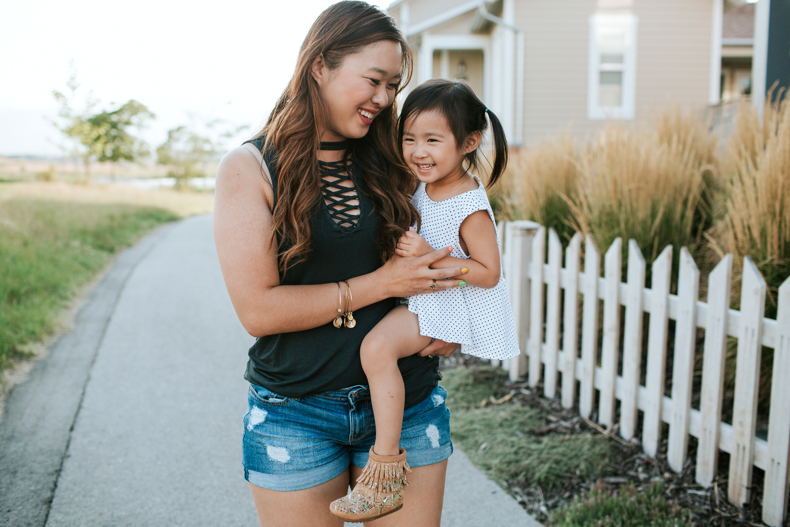 Mamas and Minis Collective - Minnetonka Shoes & Free Range Mama Shoes by Utah fashion blogger Sandy A La Mode