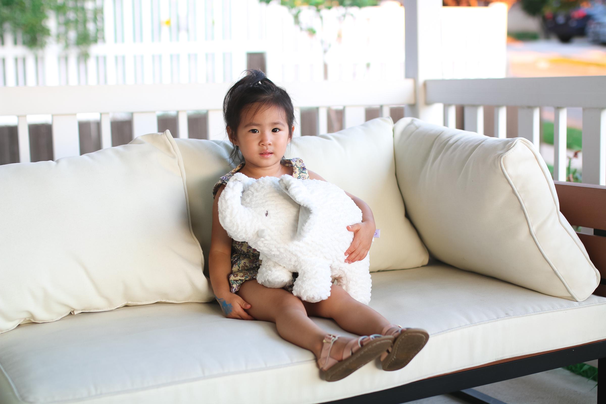 Kneaders Hope Fights Childhood Cancer by Utah mom blogger Sandy A La Mode