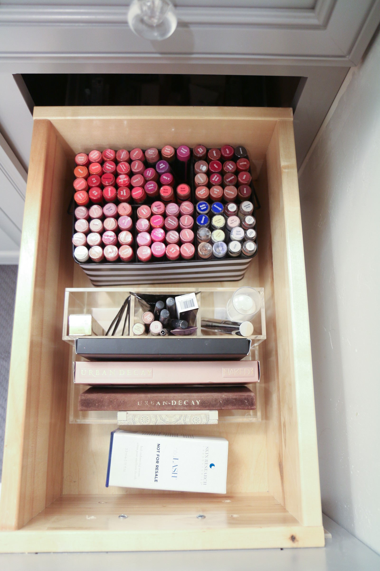 5 Tips From a Professional Organizer That Will Change Your Life by Utah lifestyle blogger Sandy A La Mode