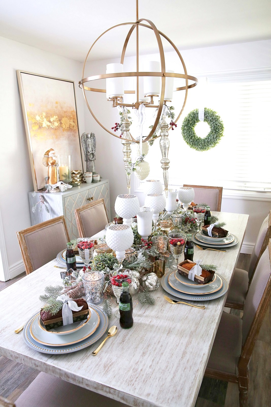 Our New Home Big Reveal: Dining Room Holiday Decor Ideas by Utah style blogger Sandy A La Mode