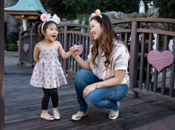 The 7 Best Places to Buy Mickey Ears Headbands by popular Utah blogger Sandy A La Mode