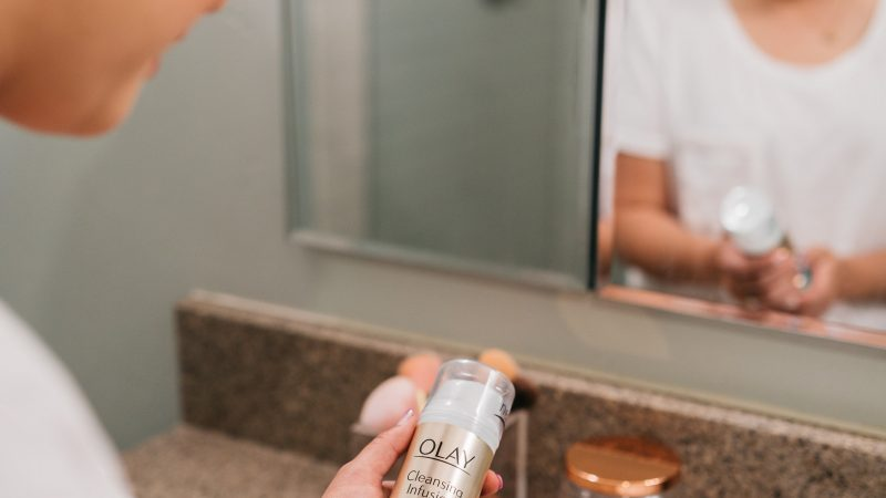 Favorite Facial Cleanser That Will Leave You With A Glow